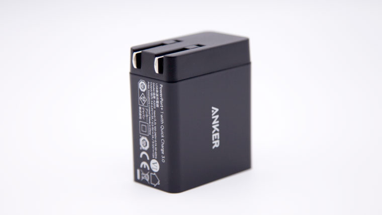 Anker Powerport+1 折りたたみ可能